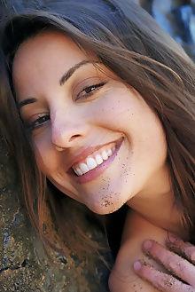 lorena b liason erro outdoor brunette hazel unshaven pussy petite tight smile