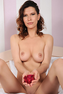 Suzanna A in Arrangement by Fabrice indoor brunette green eyes boobies shaved pussy ass