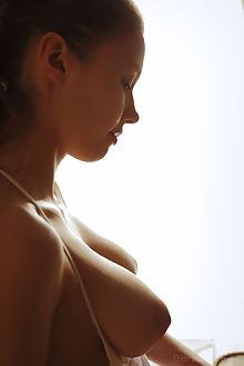 mila azul fruta arkisi indoor brunette green boobies busty shaved pussy