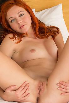 elen moore sonta deltagamma indoor redhead blue ass pussy freckles