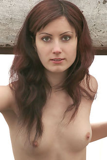 tina new model presenting maestro outdoor redhead hazel