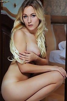 aislin espero arkisi indoor blonde blue boobies pussy custom