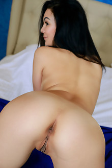 Penelope Eve in In The Eve by Matiss indoor brunette black hair brown eyes shaved pussy ass