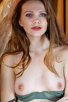 Elina De Leon in Warm Glow by Albert Varin indoor blonde gre...