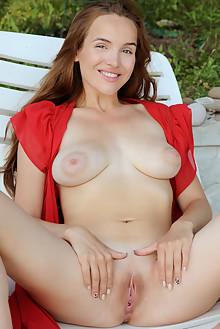 Presenting Eva Jolie by Fabrice outdoor poolside brunette brown eyes boobies shaved pussy wet custom