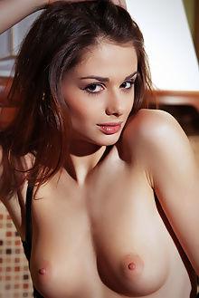 loretta a ossia arkisi indoor brunette pussy