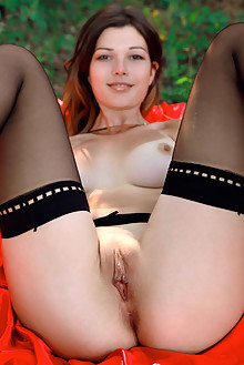 Stefania Beatty in Bed In The Woods by Matiss outdoor woods ...