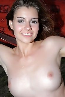 vienna nypase slastyonoff outdoor brunette green boobies custom
