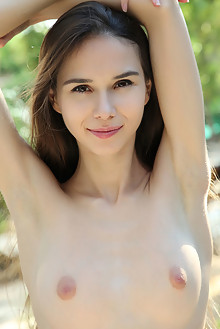 Leona Mia in Benchmark by Rylsky outdoor brunette brown eyes...