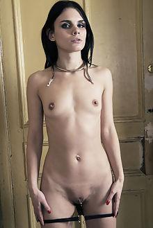gerda enchantress stan macias indoor brunette brown shaved pussy
