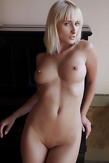 colette pianist erro indoor blonde blue boobies shaved pussy