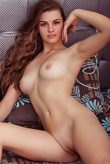 bella libre fiterin albert varin indoor brunette brown shaved pussy