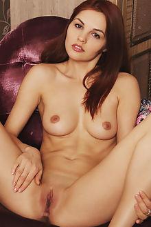 alise moreno genara flora indoor brunette shaved pussy ass