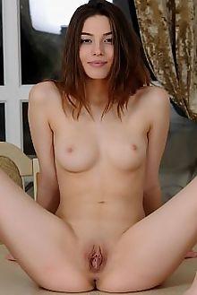 caralyn pansei fabrice indoor brunette brown boobies shaved pussy labia custom