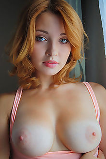 kika ferina arkisi blue redhead indoor boobies pussy custom